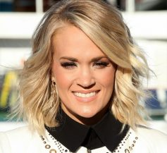 Celebrity Hairstyles - Carrie Underwood with a medium length hairstyle