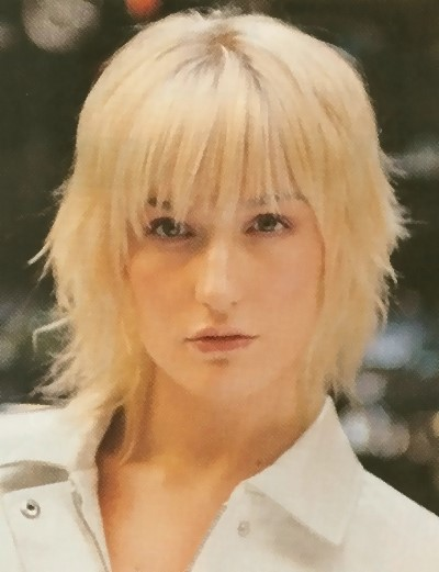 hairstyle-with-bangs-24