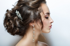 Evening Hairstyle with bun and jewlery
